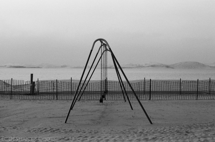 Beach closed, Minolta X-700, Kodak Tri-X 400